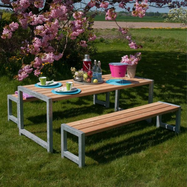 Gartenmöbel Planken, Stahlrahmen & Holz