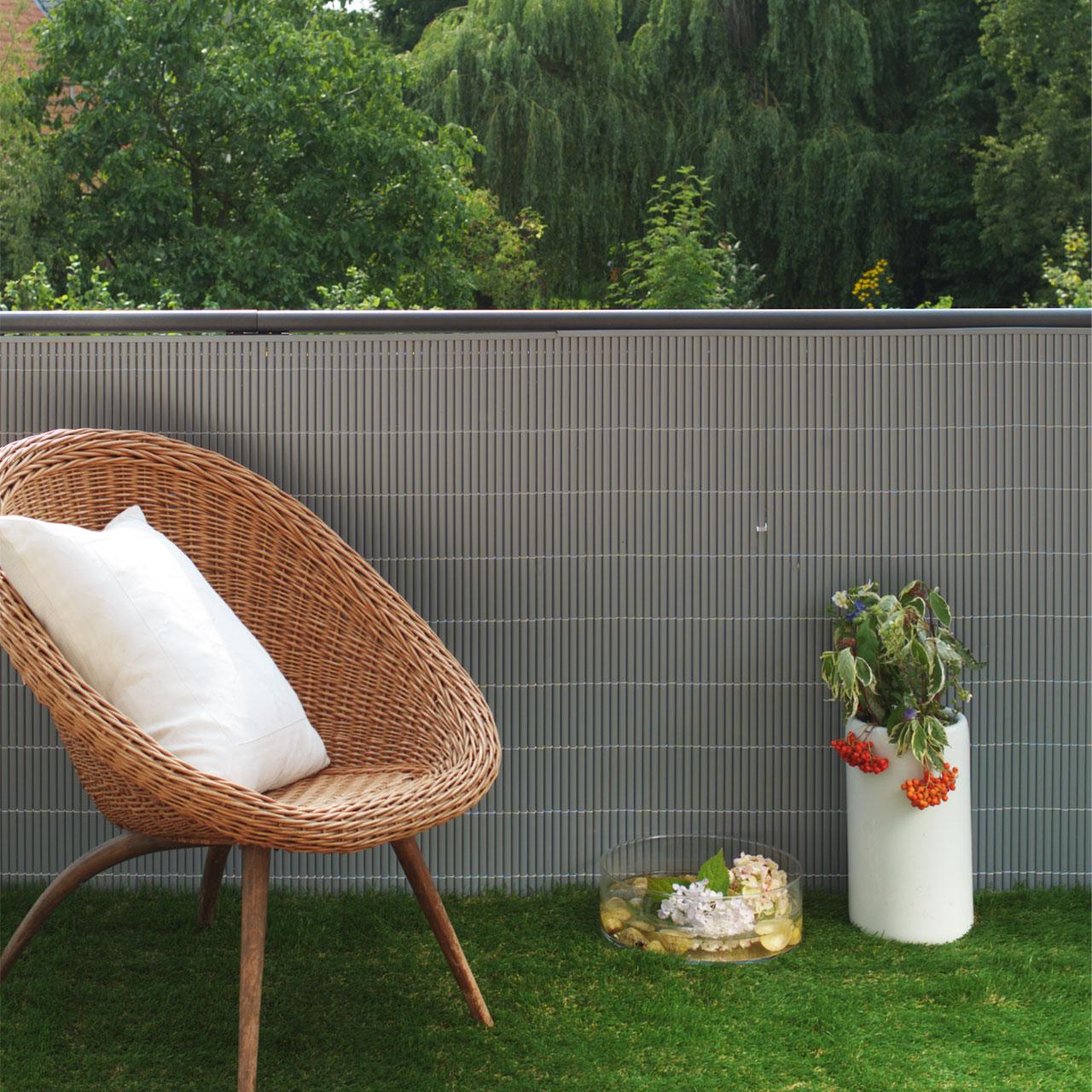 sichtschutzmatte kunststoff r gen aluminium. Black Bedroom Furniture Sets. Home Design Ideas