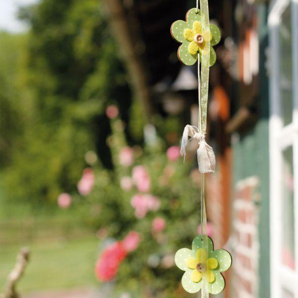 Holz-Girlande Blumen, grün/gelb